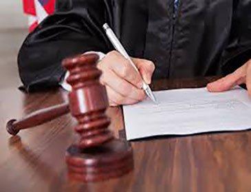 وکیل قتل در اصفهان